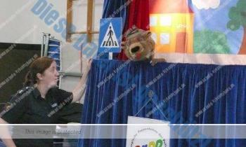 Pädagogische Puppenbühne der Polizei zu Gast in der Schule